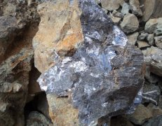 锌矿供应紧张加剧 冶炼产能受限渐显