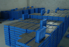 锂电池产量大增:磷酸铁锂电池占主流 三元电池份额上升