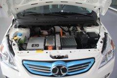 新能源车拉动 上半年电池行业主营收入2332亿