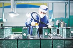 廖振波:锂电行业结构性过剩 预计五年后全固态电池大规模生产