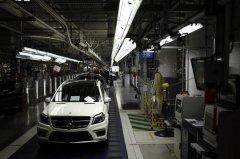 戴姆勒计划投10亿美元在美生产电动SUV和电池