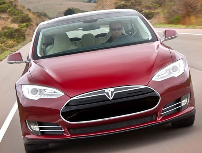 """德媒猛批Tesla:带着""""危险""""承诺前行"""