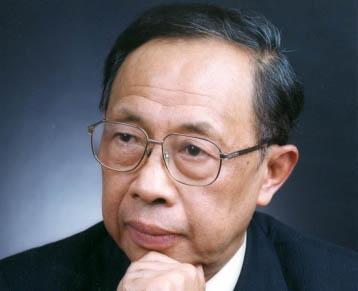 陈清泉:警惕动力电池政治投资 莫陷入非技术投资