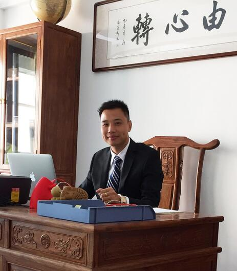 ballbet贝博登陆百人会理事:深圳创明程天召