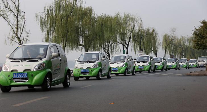 工信部:2015年12月新能源汽车产量达10万辆