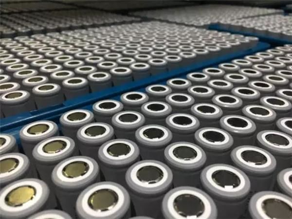 低端与中高端追求分化 补贴退坡后磷酸铁锂或回潮