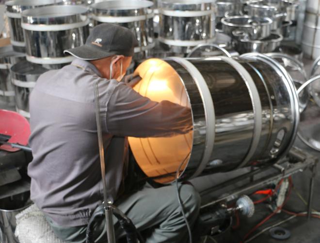青岛海鑫研发超纯电子原料芯片专用容器