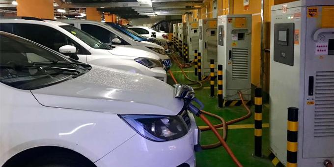 7月我国新能源汽车销售9.8万辆 动力电池装车量5.0GWh
