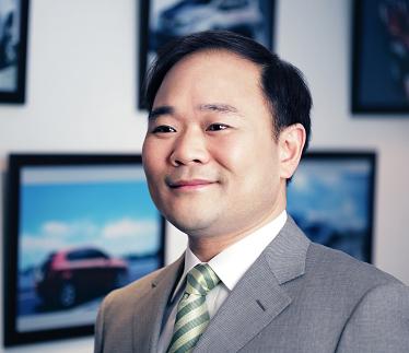 创业赌徒、另类极客、汽车疯子 他是李书福