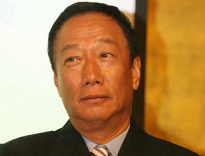 """为何富士康郭台铭与华为任正非都选择了""""联合接棒""""?"""