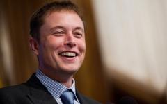 特斯拉CEO马斯克:研究高能电池 续航800公里