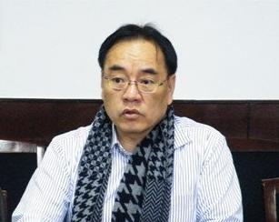 北京大学教授其鲁:钴酸锂锰酸锂材料奠基人