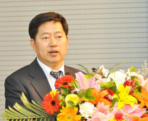秦兴才:动力电池行业发展需统一标准和政策扶持