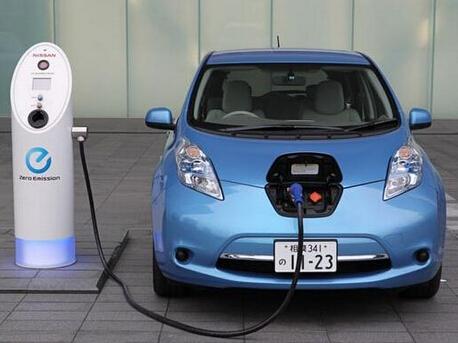 """新能源车与充电桩标准不统一 适配测试无一""""百搭"""""""