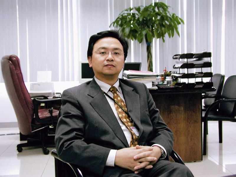 """王传福:新能源汽车政策最大受益者 """"技术狂人""""卖车路"""