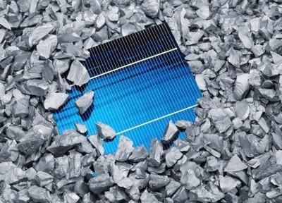 中国本土电站需求续旺 1月多晶硅片价格上涨
