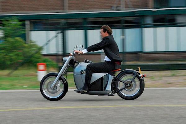 1-2月摩托车行业产销降幅大  电动摩托车增速快
