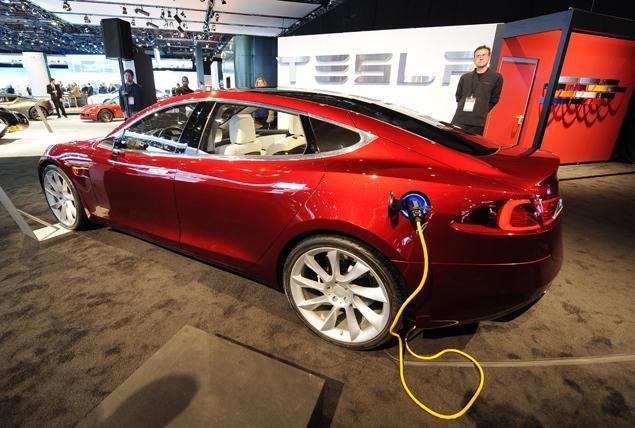 特斯拉会成为下一个苹果吗?Model 3预订火爆