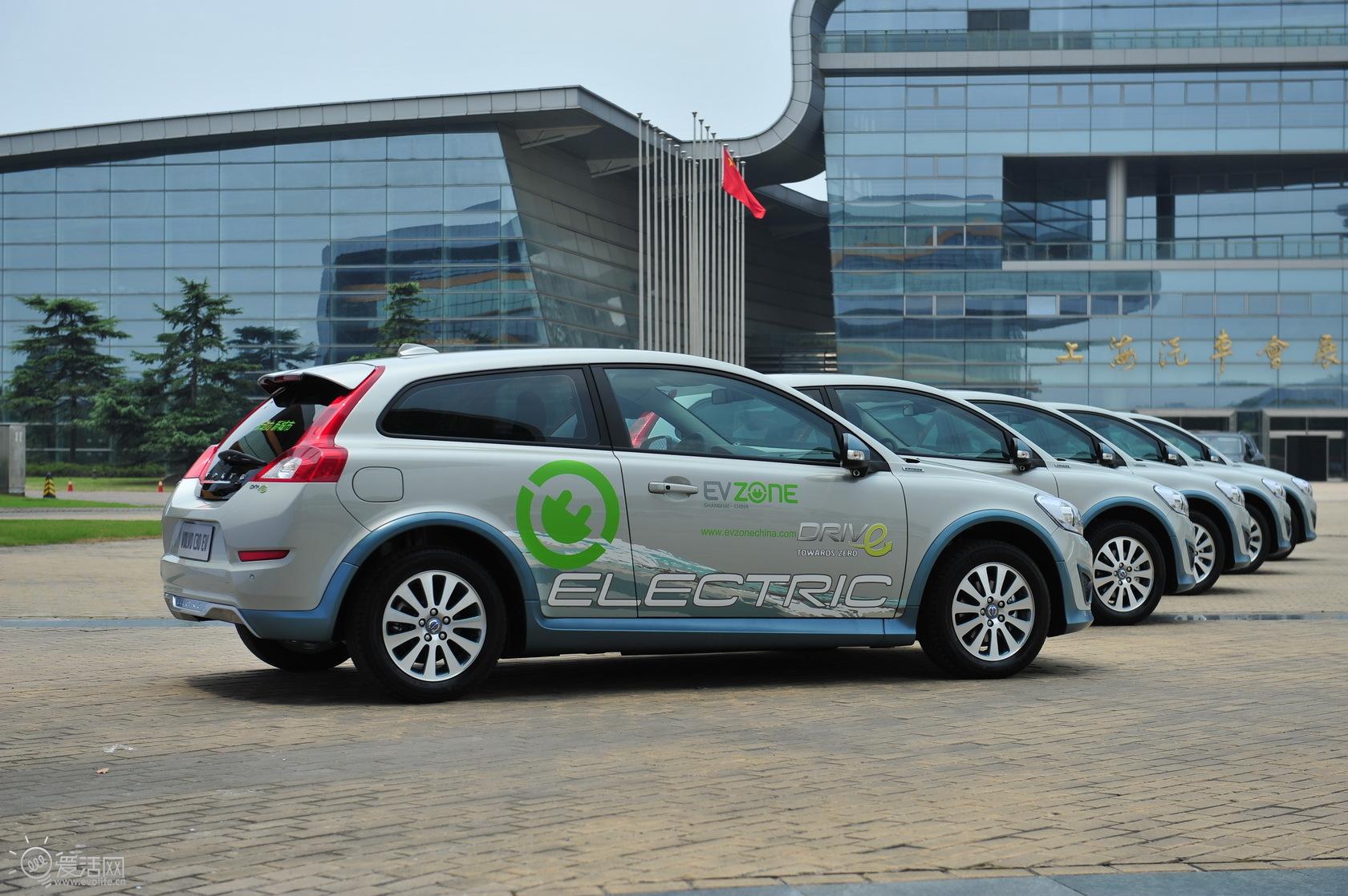 新能源汽车爆发 锂电池设备领域迎来景气周期
