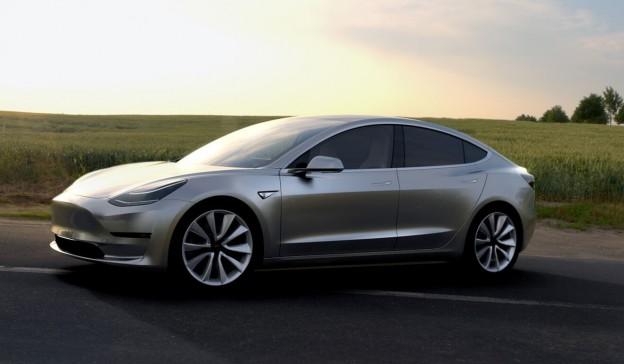 """特斯拉Model 3 狂接单 全球疯找""""新汽油""""带动锂价涨"""