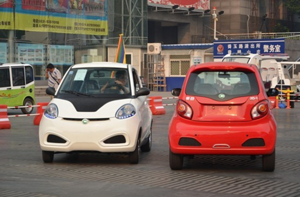 低速电动车厂家看过来 造车或将必须用锂电