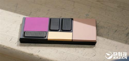 谷歌模块化手机Project Ara真机上手:取下电池仍然能运行