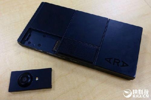 谷歌模块化手机Project Ara真机上手:模组支持热插拔