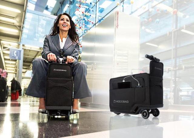 太懒不想走怎么办?电动行李箱载着你到登机口