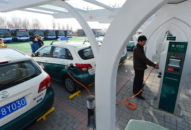 目标油耗百公里5升 积分新政倒逼新能源车发展