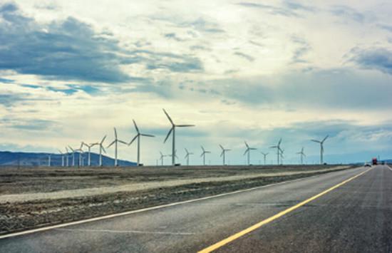 IEA:中国可再生能源潜力领跑全球 产能过剩担忧加剧