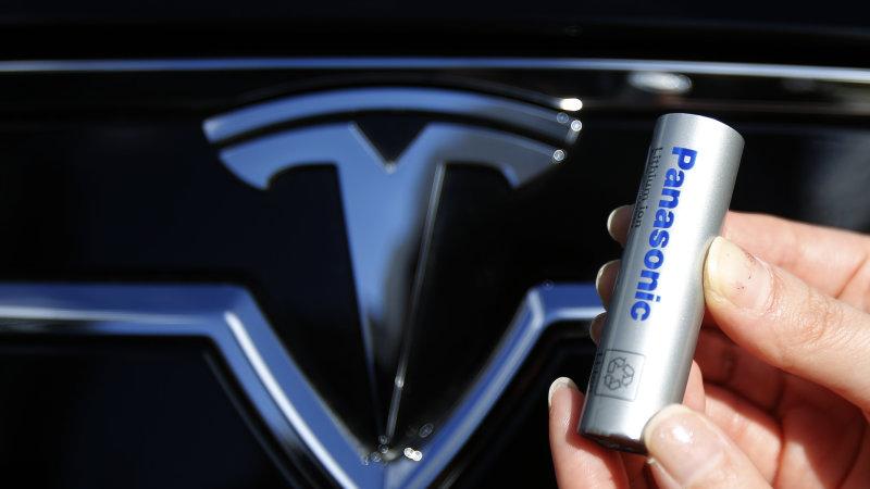 特斯拉新动力锂电池能量密度增加  成本降低