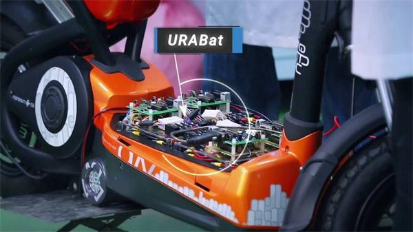 新型铝电池跟纸一样薄 1分钟充满能用1万次