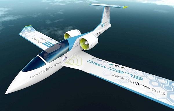 """国产电动飞机助力绿色""""空中丝绸之路"""" 240亿美元市场?"""