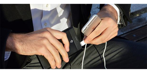 比你的移动电源快10倍!它7分钟就能给手机充满电