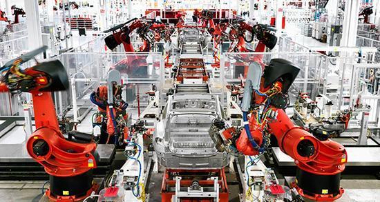 中国电池价格下降 或使特斯拉超级工厂陷入危机?