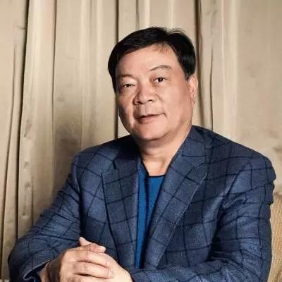 郑永刚:揭秘中国西装第一品牌杉杉变身全球最大锂电材料生产商
