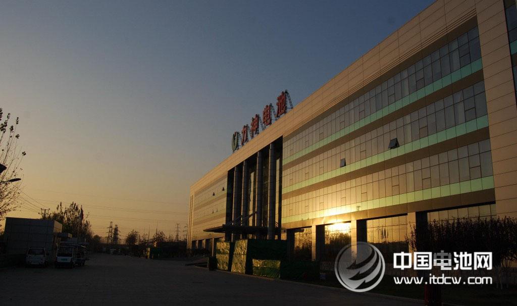 天津力神单体动力电池能量密度提升30% 达260Wh/kg