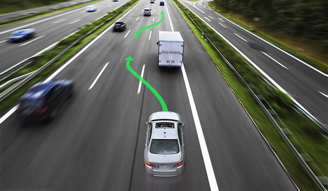 全球智能驾驶未来将现两大阵营 中国企业仍有发展机会