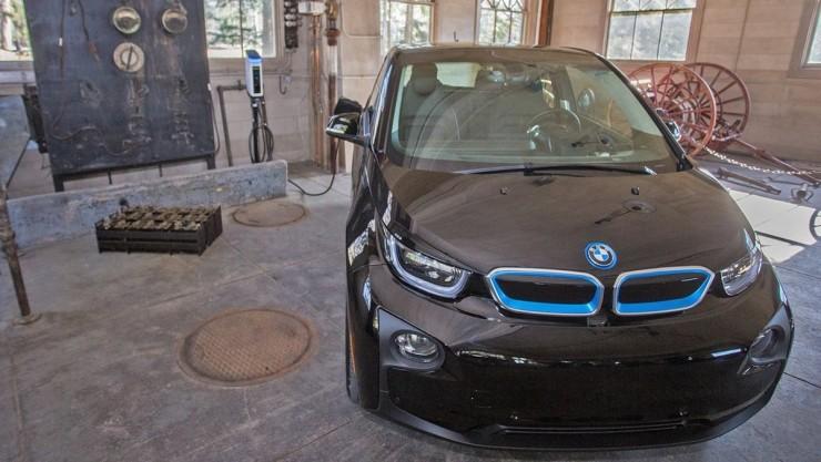 彭博分析师称:2030年电动汽车价格将全面低于燃油车