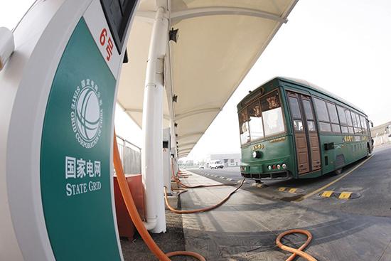 广州:新增及更新100%推广使用纯电动车 2020年底公交电动化