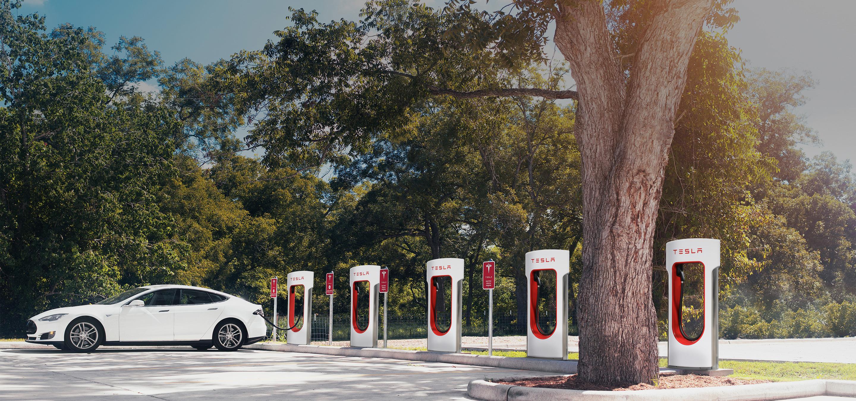 新能源汽车等12个领域将进一步放宽外资准入