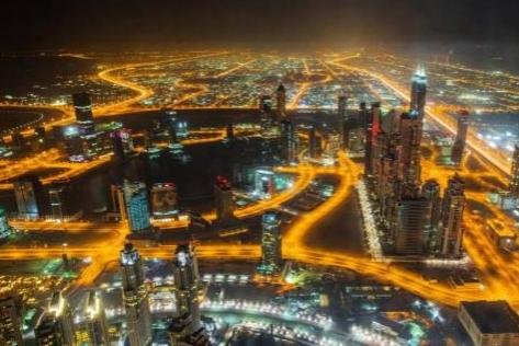 为了推广电动车 连迪拜都祭出免费停车的优惠政策了