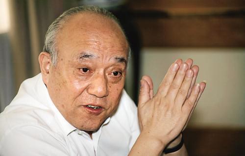 最可爱的父亲:鲁伟鼎在鲁冠球追悼会上的答谢词
