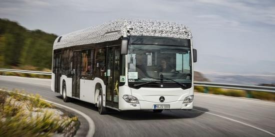 明年年底前量产  奔驰推新能源汽车模块化电池组
