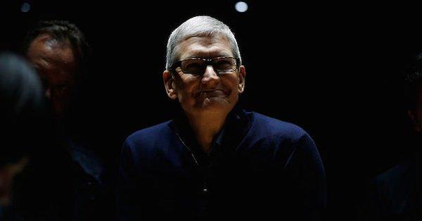 """苹果就""""电池门""""道歉:对不起 让你们失望了!"""