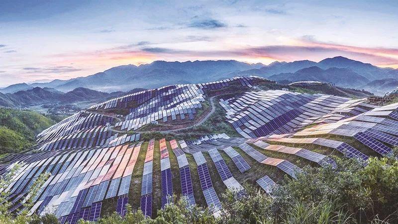 2018年中国光伏行业将延续哪些大势?