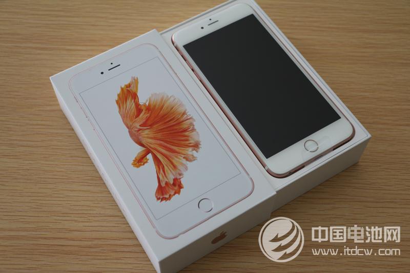 iPhone用户换电池约号火爆 降速门或致销量减少1600万