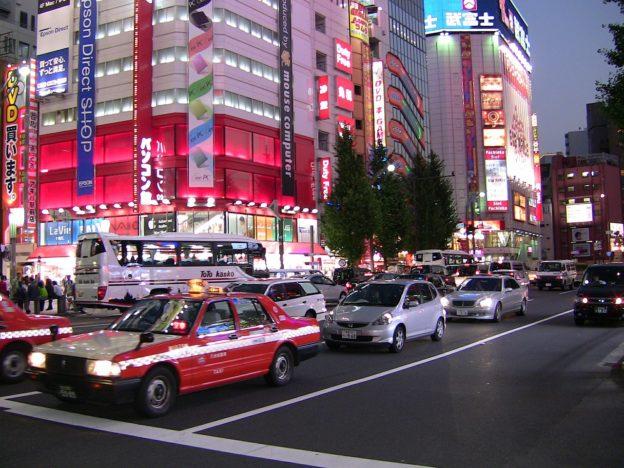 日本汽车工业危机来临 电动汽车将颠覆市场格局