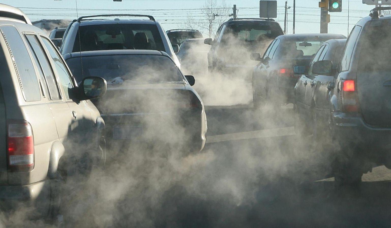 节能减排首落重锤 500余款油耗超标燃油车被禁产