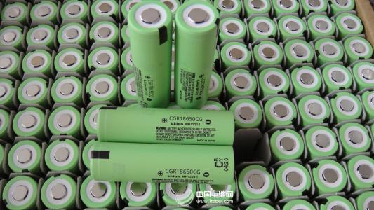 2017年1-12月锂电池产量117894.7万自然只 同比增长31.25%